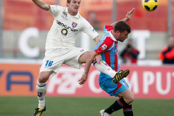 Catania y Chievo Verona terminaron igualando.