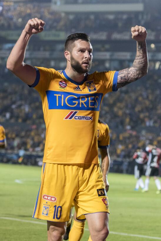 En fotos: Dos zarpazos de Gignac le dan los tres puntos a Tigres 2018021...