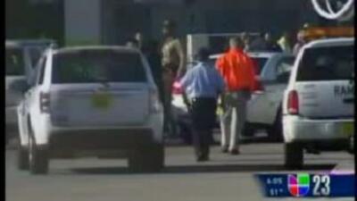 El FBI acudió a la terminal D-17 del Aeropuerto Internacional de Miami p...