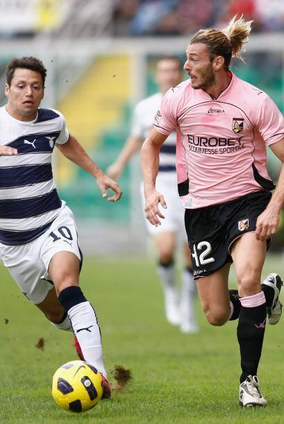 El líder del torneo tuvo la difícil visita del Palermo.