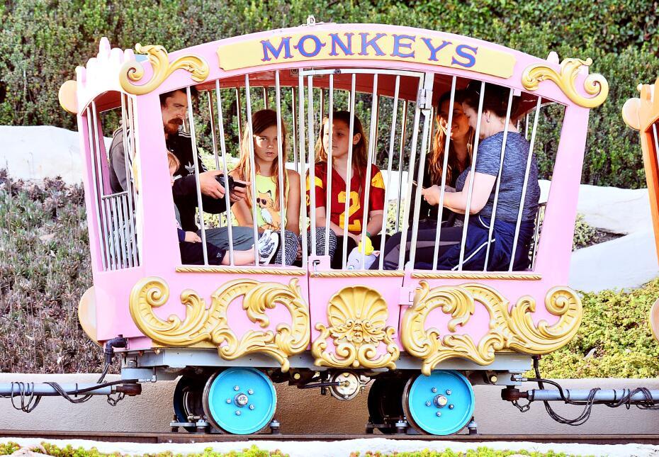 Christian Bale en Disneyland