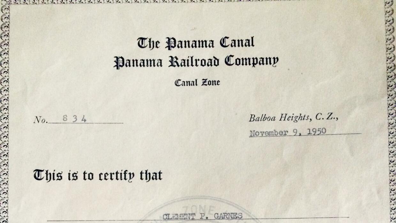 El documento que otorgó una compensación de 25 dólares mensuales al padr...