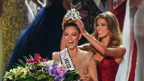 La sudafricana Demi-Leigh Nel-Peters fue coronada por la Miss Universo s...