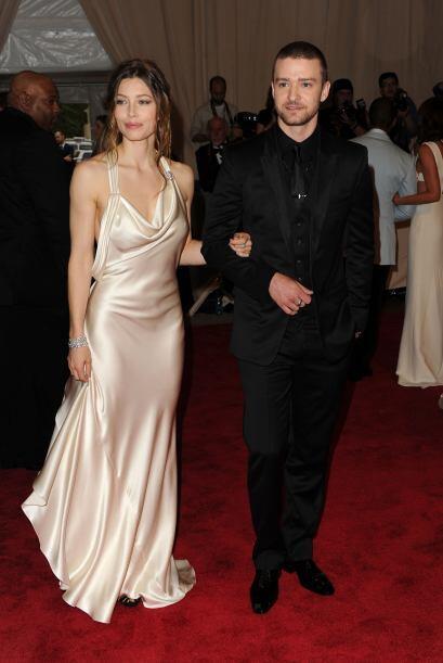 El cantante Justin Timberlake y la actriz Jessica Biel sellaron su amor...