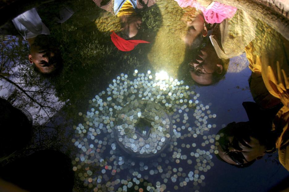 Se creía que deidades bajo el agua cumplían deseos a cambio de monedas