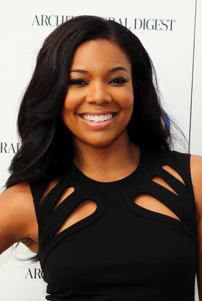 La bella actriz se suma a las mujeres más bellas del año para la publica...
