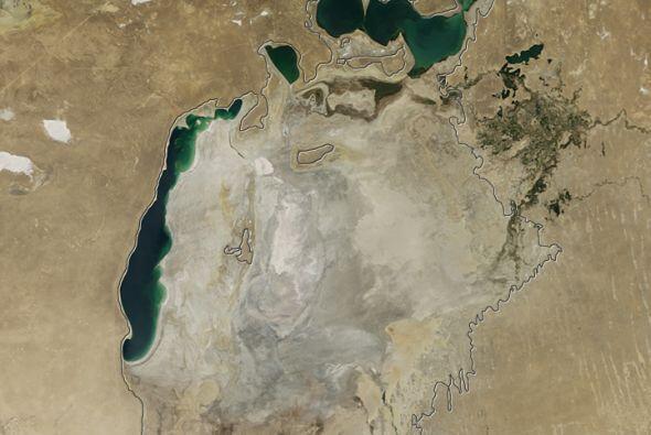 La foto más reciente, del 2014. La mayor parte del lago ha desaparecido...