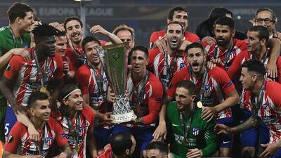 Colorida celebración del Atlético de Madrid como campeón de Europa League