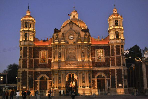 Esta es la fachada de la Antigüa Basílica de Guadalupe que p...