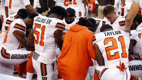 Seth DeValve formó parte de las protestas de sus compañeros de los Browns.