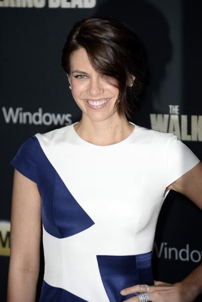 Lauren presentando la cuarta temporada del show en octubre de 2013. Mira...