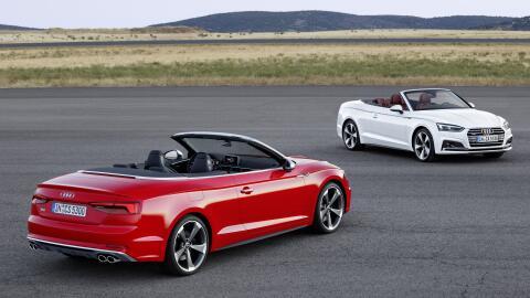 El A5 Cabriolet (en blanco) y el S5 Cabriolet (en rojo) llegan al mercad...