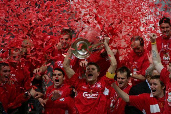 El Liverpool ganó en 2005 una Final de alarido. Milan, el otro finalista...