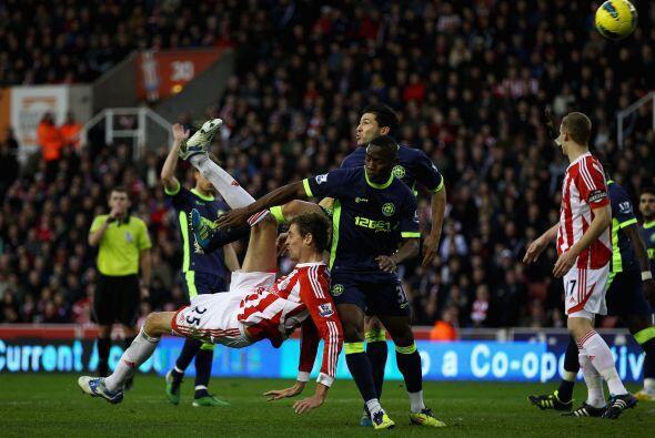 Stoke City y Wigan también empataron, pero 2 a 2.