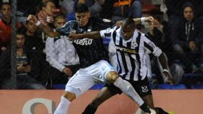 Racing y Wanderers igualaron a un gol.
