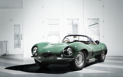 Autos  Históricos jagxkssfront34image16111601.jpg