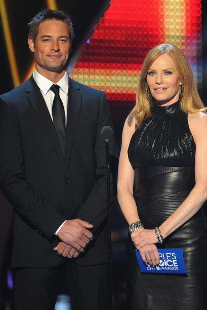 Josh Holloway y Marg Helgenberger presentaron la terna de Drama Favorito...