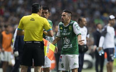 León presentó un recurso ante la Comisión de Discip...