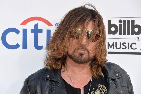 Billy Ray Cyrus, ¿dónde dejaste a Miley... y a tu cepillo... y al buen e...
