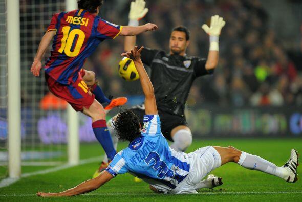 Messi buscaba su gol de una u otra forma, pero no lo logró.