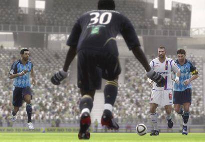 EA Sports prepara el lanzamiento del nuevo FIFA 2010, el cual saldrá a f...