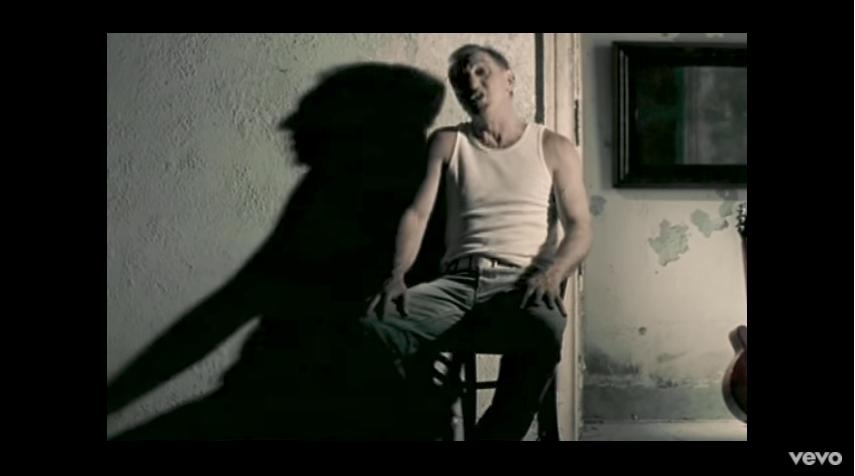 'Stop' fue estrenado en 2004. El sencillo, 'Tú de qué vas&#3...