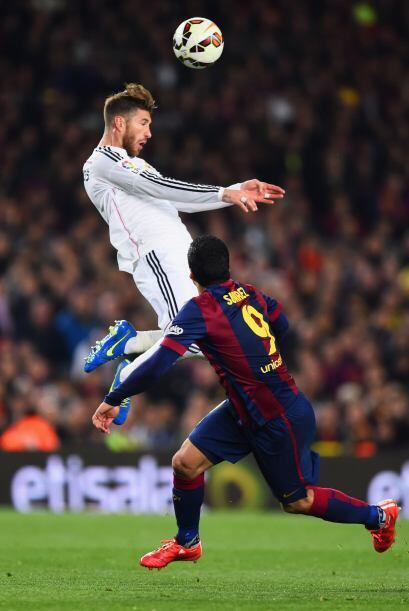 Sergio Ramos (4): Falló en el tanto que abrió el partido, en el marcaje...