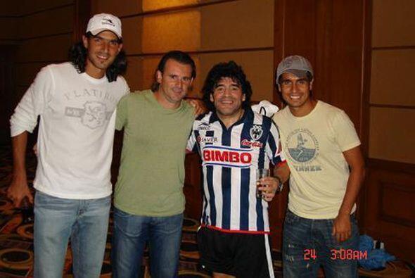 Hasta Diego Armando Maradona se puso la del club regiomontano. (Foto: Tw...