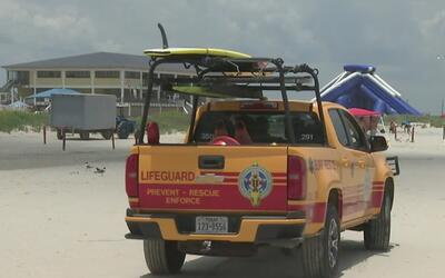 Oficiales del condado Galveston vigilantes por la tormenta tropical Cindy