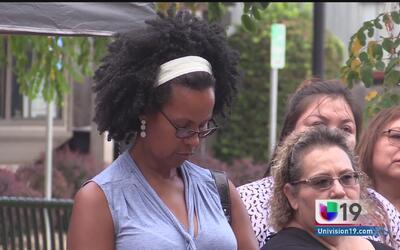Residentes y activistas de Oakdale rechazan protestas violentas en Charl...