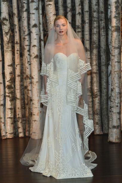 Si ya estás preparando tu boda, mira los mejores vestidos que presentaro...