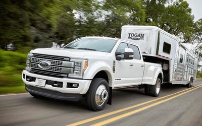 Choque en US60 involucra auto policial Ford-F-Series_Super_Duty-2017-102...