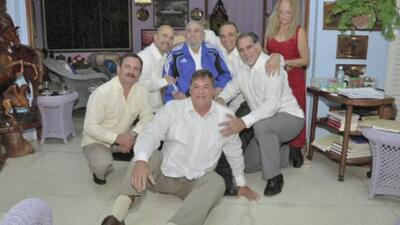 Fidel Castro se reúne con los 5 ex espías que estuvieron presos en EEUU