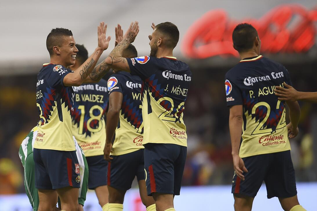 En Fotos: De la mano de Uribe, América gana y es líder general 20180310-...