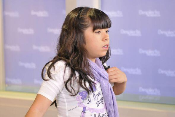 Mientras que Ylenia se divierte mucho en el escenario.