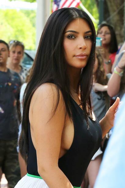 Kim Kardashian es otra de las celebridades que tiene con qué mostrar est...