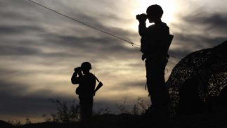 Miembros de la Guardia Nacional vigilarán en Texas a las tropas del Ejér...
