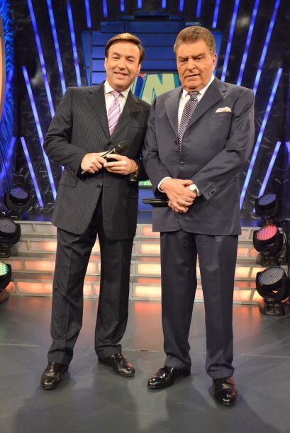 Los dos galanes del programa, mostrando su porte y gallardía. ¡Qué guapos!