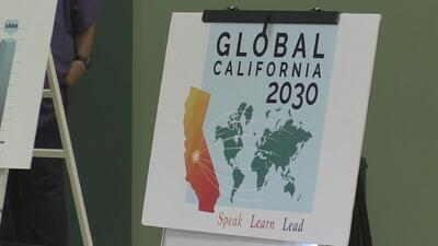 Buscan impulsar la educación bilingüe en California