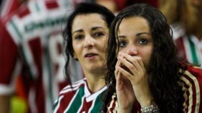 Ellas no lo pueden creer, su equipo, el legendario Fluminense, el campeò...