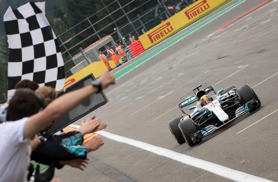 Lewis Hamilton gana el GP de Bélgica GettyImages-839835862.jpg