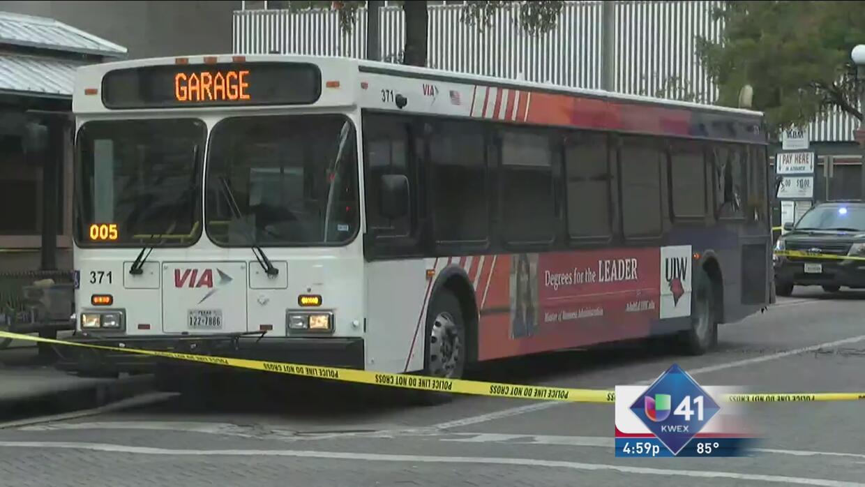 Hallan bomba en autobús de VIA en el centro de San Antonio