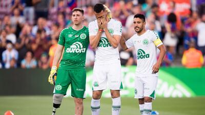 Dos años después del accidente del Chapecoense, así va la vida de los tres jugadores sobrevivientes