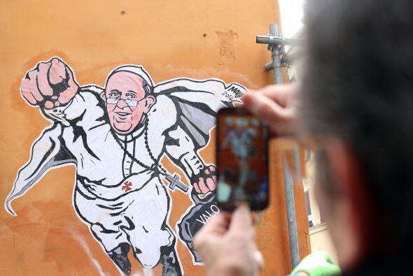 Este miércoles la esquina de la calle Borgo Pío, donde colocó su dibujo,...