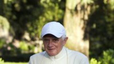 El papa Benedicto XVI, se refirió a los escándalos de pedofilia que atra...