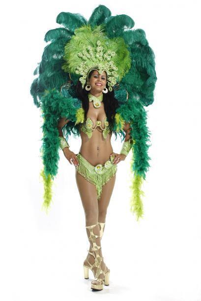 """En Brasil para despedirlo bailando samba""-  Lillian Vicenty ."