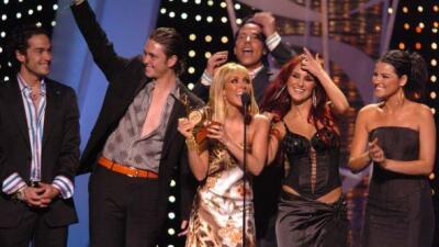 RBD se convirtió en Revelación del Año en el 2006. El año siguiente gana...