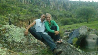 La estadounidense que también se fue a México por una deportación (la de su esposo)