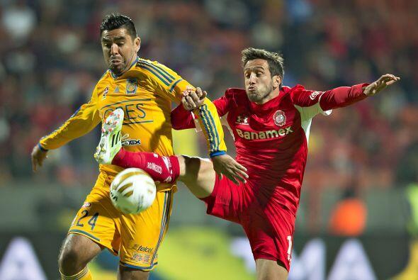 José Rivas, el defensor tuvo la complicada tarea de cubrir la ausencia d...