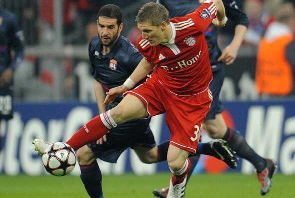 El partido, disputado en el estadio del equipo alemán, fue dominado por...